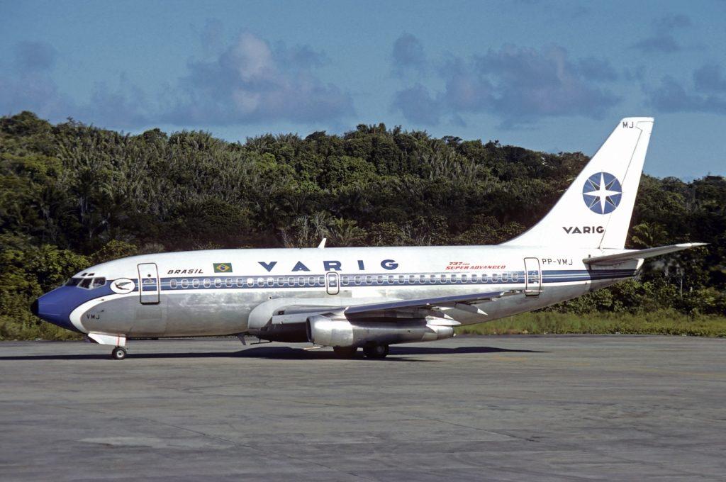 Boeing_737-241